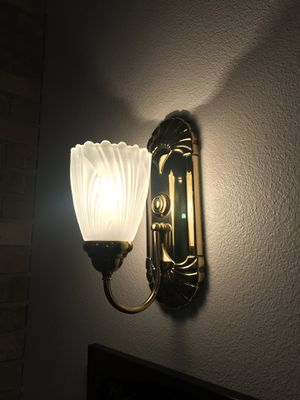 FREE wall sconces for Sale in Graham, WA