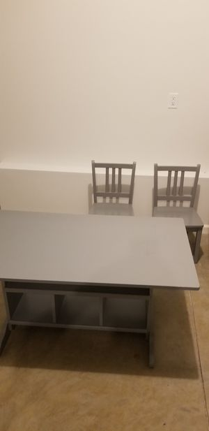 Kids table and chairs for Sale in Murfreesboro, TN
