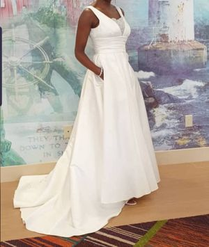 Wedding dress for Sale in Wakefield, MA