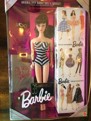 35th anniversary collectible Barbie for Sale in Grapevine, TX