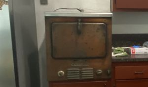 Antique Stove and Oven for Sale in Cutler Bay, FL