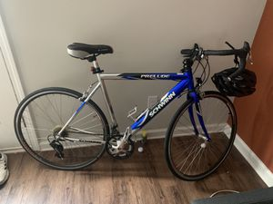 Schwinn Prelude 14 speed w/ Helmet for Sale in Clemson, SC