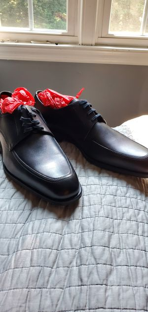 Ferragamo men dress shoes for Sale in Aspen Hill, MD