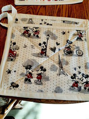 Mickey and minnie oversized potholders for Sale in Fresno, CA