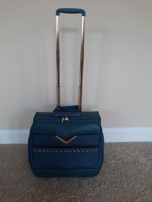 Suitcase carrier on (Vince Camuto) for Sale in Powdersville, SC