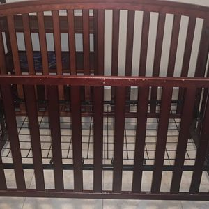 Graco Crib/Changing Table for Sale in Gilbert, AZ
