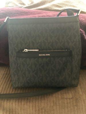 Michael Kors Morgan Black Messenger Bag for Sale in Peabody, MA