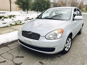 Drives Excellent!! 2009 Hyundai Accent !! Like NEW !! for Sale in Woodbridge, VA