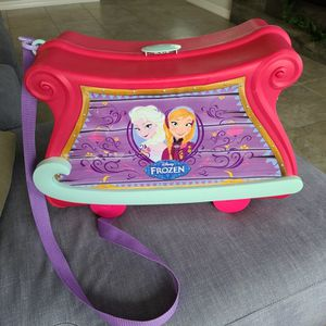 Frozen Elsa And Anna Dress Up TRAVEL TRUNK Trunki Ride On Toy Luggage for Sale in Riverview, FL