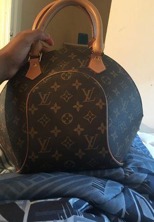 Louie Vuitton woman's purses for Sale in Alexandria, VA