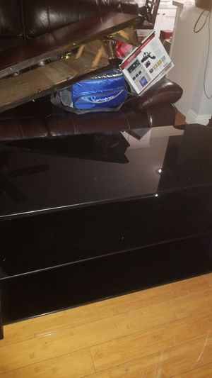 TV stand (glass) for Sale in Los Angeles, CA