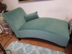 Chaise Lounge for Sale in Joint Base Lewis-McChord, WA