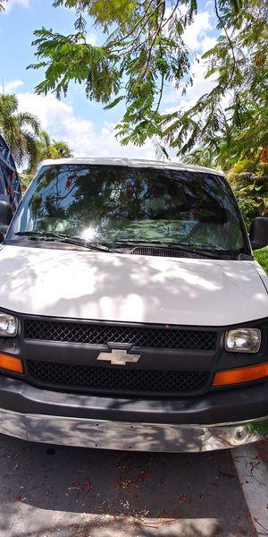 Chevy Express van for Sale in Boca Raton, FL