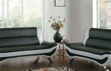 Veloce Black/Ivory Sofa and Loveseat 8219 VENDOR HOMELEGANCE for Sale in Houston,  TX