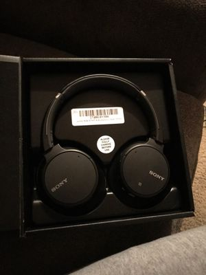 Sony Noise Cancelling Headphones WHCH700N-B for Sale in Bowie, MD