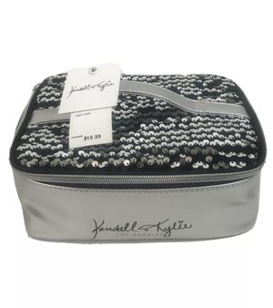Kendall + Kylie LOS ANGELES Black And Silver Vanity Case Makeup Bag New for Sale in South El Monte, CA