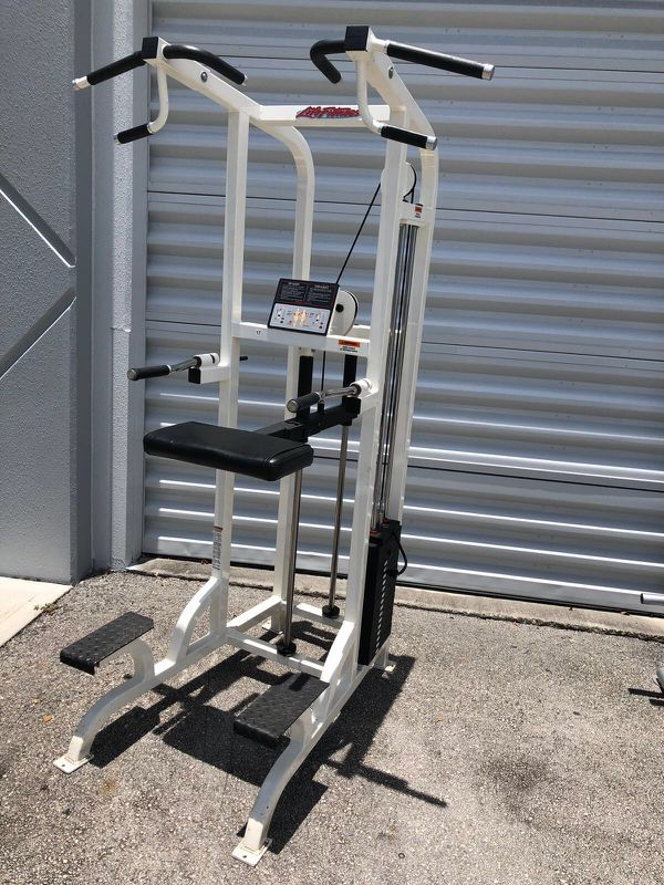 Life Fitness Pro Series Strength Package.