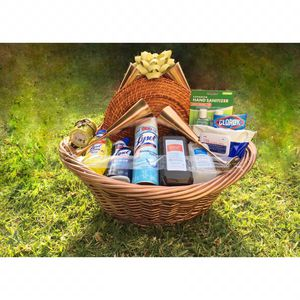 .Dinning Theme Care Basket   4 Round Charger Plates Included for Sale in Diamond Bar, CA