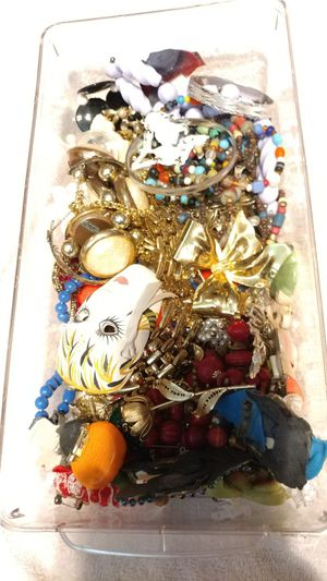 Shoe box of costume jewelry for Sale in NO HUNTINGDON, PA