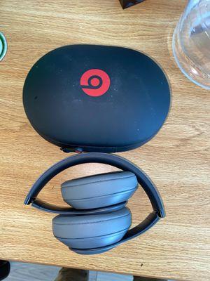 Beats studio 3's wireless cash for Sale in Boston, MA