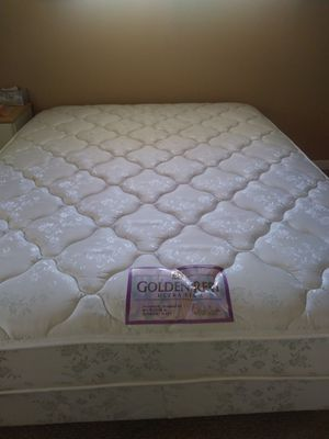Mattress, Queen Size for Sale in Fremont, CA