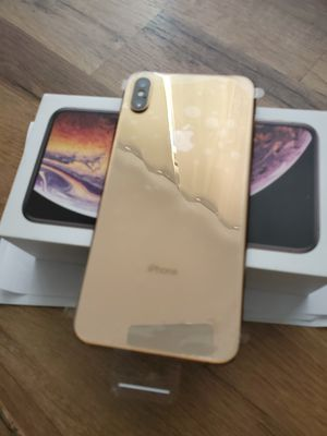 XS max 256gb rose gold At&T and cricket for Sale in Sterling, VA