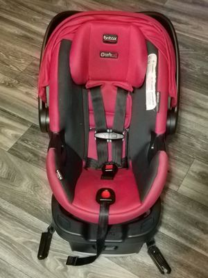 Britax B-Safe 35 Infant Car Seat - Red for Sale in Dallas, TX