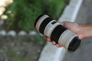 Canon 70-200mm f/4 non-IS, clean for Sale in Cuba, MO