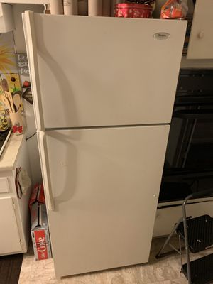 Whirlpool refrigerator for Sale in Stanton, CA