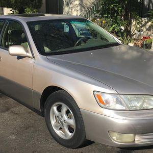 1998 Lexus es 300 for Sale in Hayward, CA
