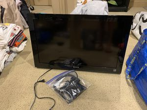 "32"" Bravia Sony TV with wall mount for Sale in Rockville Centre, NY"