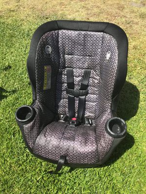 Kids car seat FIRM PRICE NO DELIVERY CASH OR TRADE FOR BABY FORMULA for Sale in Gardena, CA