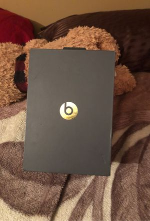 Beats solo 3 wireless Bluetooth headphones for Sale in Layton, UT