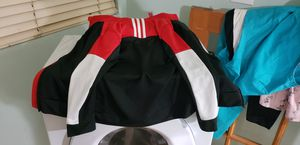Adidas boys outfit size 7 for Sale in Las Vegas, NV