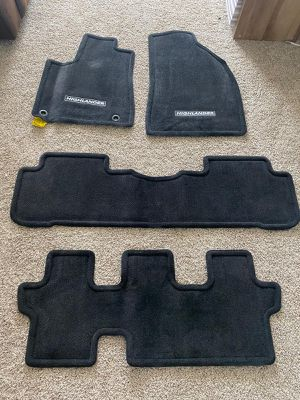 Toyota 2019 Highlander Floor Mat-Original for Sale in Katy, TX