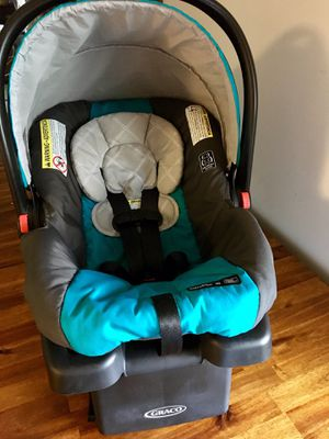 REDUCED! MUST SELL! Graco Infant Seat and Base for Sale in Ozark, AL
