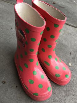 Girls Rain Boots (size 10-11) for Sale in Kenmore,  WA