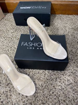 Fashion nova heels (Size 6.5) for Sale in Columbus, OH