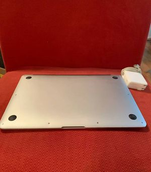 Apple Macbook Air - A1466 (13-inch, mid-2013) / 1.3 GHz core i5, 256GB, 4GB RAM for Sale in Pine Bluff, AR