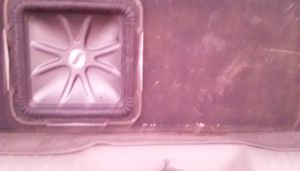 12inch Kicker solobarric L7 single and a 1500 watt amp for Sale in Lawton, OK
