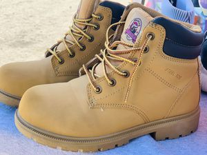 Woman's work boots size 6 steel toe & oil resistant $$$35 for Sale in Fontana, CA