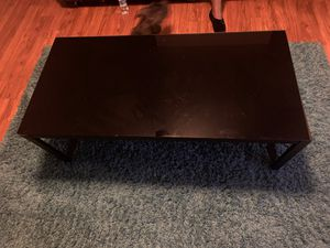 1 black glass table 2 black glass in tables in very good condition for Sale in Columbus, OH