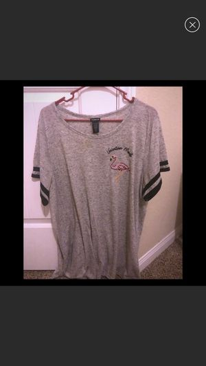 Size 3 Torrid Flamingo Vacation Mode Top for Sale in Katy, TX
