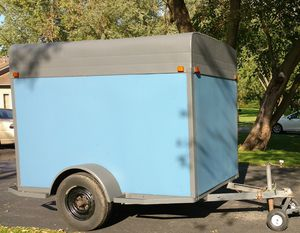 Enclosed Trailer 5 x 8 for Sale in McHenry, IL