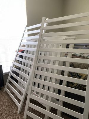 Baby crib , Graco with mattress for Sale in Houston, TX