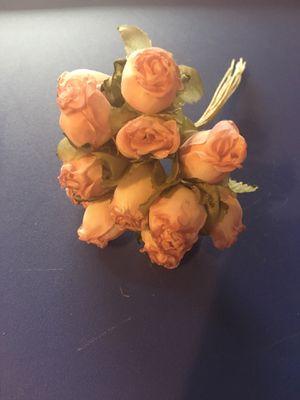 Antique Rose Colored Flower Bunch of 12. Price is per bunch. Flores en manojos de 12. El costo es por manojo. for Sale in Chicago, IL
