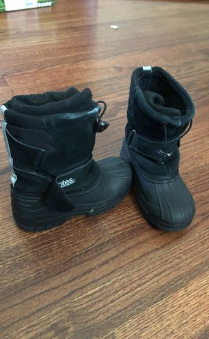 Kids snow boots size 12 for Sale in Burke, VA