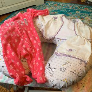 Newborn Clothes Bundle for Sale in Dearborn, MI