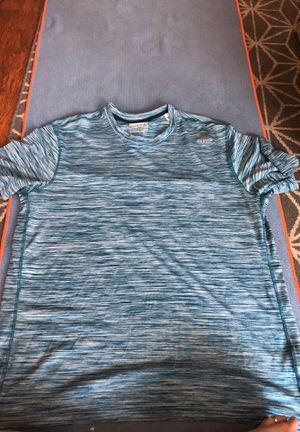 Men's xl supremium reebok shirt for Sale in San Diego, CA