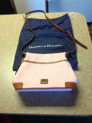 Dooney and Bourke pink crossbody! SALE for Sale in Phoenix, AZ